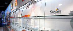 Empresa especializada en el montaje de equipamiento comercial y mobiliario corporativo en Canarias Shop Fittings