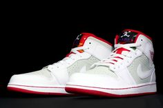 free shipping 9c174 be26c Air Jordan 1 (I) Retro Mid WB White True Red-Light Silver-Black 2015 Air  Jordans - Nike official website Up to discount