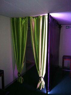 Niederbuchsiten, 31. Juli 2012: Licht einrichten, Deko montieren, Putzen und Feinschliff in der Lounge.