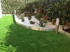 Bordure de jardin en aluminium brut avec éclairage LED étanche ...