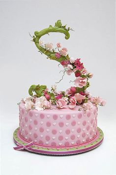 COLLECTIONS - For Little Ones Cake #8