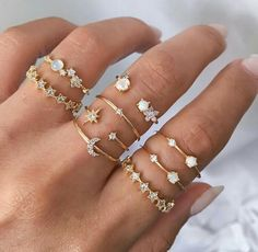 Cosmic hour ✨ Martina & Melina star ring set – Schmuck + Jewellery … – coffee_and_cigarettes – Jewelry Hand Jewelry, Dainty Jewelry, Cute Jewelry, Diamond Jewelry, Jewelry Accessories, Gold Jewellery, Jewelry Rings, Diamond Earrings, Star Jewelry