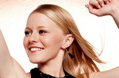 American Idol Hollie Cavanagh in London Manori Onyx Earrings