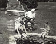 Sidney, Charlie  Jr.&Paulette  in the  back  yard