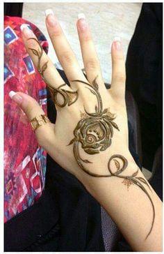 Khaleeji Henna Designs for Hands Feet, Khaliji Mehndi 2018 2019 Latest Henna Designs, Arabic Henna Designs, Beautiful Henna Designs, Henna Tattoo Designs, Mehandi Designs, Arabic Mehndi, Mehendi, Mehandi Henna, Mehndi Tattoo