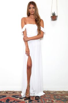 Bardot Maxi Dress in White Note: BACK ORDERED. ESTIMATED SHIPPING WILL BEGIN BETWEEN MARCH 28TH AND APRIL 5TH.