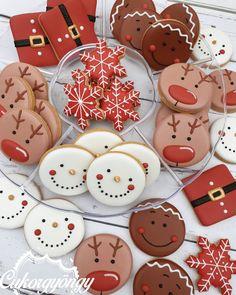 Christmas Sugar Cookies, Christmas Snacks, Christmas Cooking, Christmas Mood, Christmas Goodies, Holiday Cookies, Holiday Treats, Gingerbread Cookies, Natural Christmas