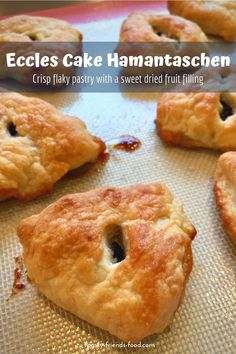 A sweet, buttery, curranty filling encased in crisp, golden flaky pastry – classic British bake meets tasty Purim treat! Kosher Recipes, Baking Recipes, Dessert Recipes, Pastries Recipes, Desserts, Best Instant Pot Recipe, Instant Recipes, Eccles Cake, Vegetarian Recipes Dinner