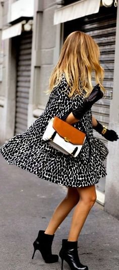 Street style with boots and gloves #street