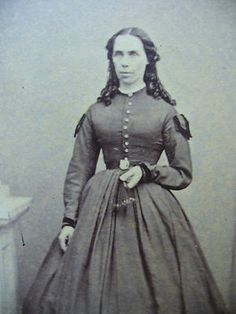 CIVIL WAR ERA CDV-LADY W/ LONG CURLS IN HOOP DRESS W/ MILITARY STYLE EPAULETTES | eBay