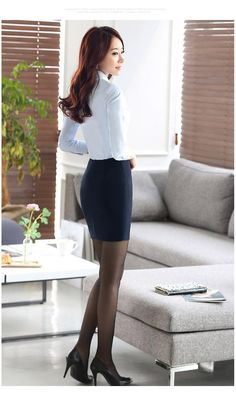 Dress Shirts For Women, Blouses For Women, Skirt Outfits, Cute Outfits, The Office Shirts, Fashion Tights, Professional Women, Black Tights, Beautiful Asian Women