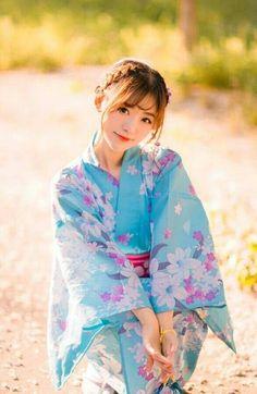 Japanese Costume, Japanese Kimono, Yukata Kimono, Summer Kimono, Portrait Poses, Japan Girl, Korea Fashion, Photography Women, Ulzzang Girl