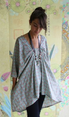 Tina Givens honey tunic size medium. voile, lightweight linen, silk