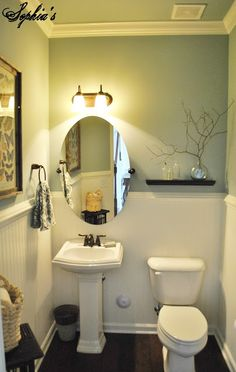 Love The Colors And The Look Of This 1/2 Bath. Also Like The