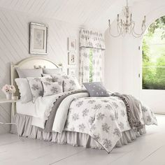 Piper & Wright Sabrina Grey Bedding - The Home Decorating Company has the Best Sales & Prices on the Piper & Wright Sabrina Grey Bedding