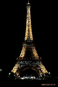 Paris I celebrated Old Years' Eve at the Eiffeltower. Will never forget this spectacular night