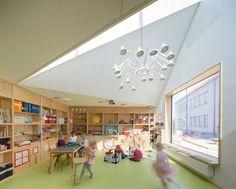 Gefaltete Dachlandschaft: Kindertagesstätte von dorte mandrup arkitekter - DETAIL.de