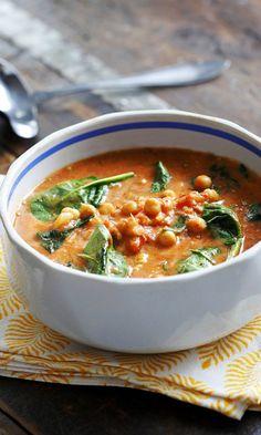 Kikhernekastike | Meillä kotona Vegetarian Recipes, Snack Recipes, Cooking Recipes, Vegan Meal Prep, I Love Food, Food Inspiration, Curry, Food And Drink, Veggies