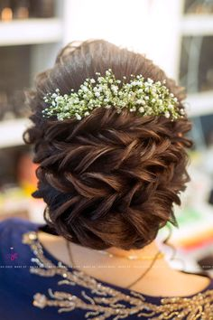Most Popular Beauty Makeup Photography Mascaras Ideas Indian Wedding Hairstyles, Bride Hairstyles, Trendy Hairstyles, Hairstyle Ideas, Beautiful Hairstyles, Red Eyebrows, Bridal Hair Buns, Beauty Makeup Photography, Jewelry Photography