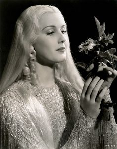 Anita Louise in costume as Titania from A Midsummer Night's Dream, c.1935