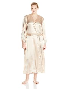 Flora Nikrooz Women's Plus-Size Stella Robe at Amazon Women's Clothing store: