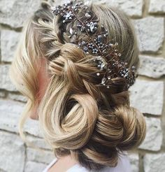 The Most Beautiful Wedding Hairstyles Wedding updo with crown braid Holiday Hairstyles, Wedding Hairstyles For Long Hair, Trending Hairstyles, Unique Hairstyles, Braided Hairstyles, Beautiful Hairstyles, Updo Hairstyle, Hairstyle Ideas, Bohemian Wedding Hair