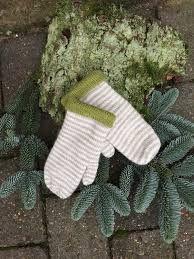 selbuvotter gratis oppskrifter – Google Sök Knitting For Kids, Chrochet, Fingerless Gloves, Arm Warmers, Crochet, Fingerless Mitts, Crocheting, Fingerless Mittens, Crochet Crop Top