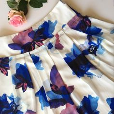 2x HP!  Banana Republic Watercolor Skirt Host Pick 4/24 & 4/28Absolutely gorgeous Banana Republic pleated floral watercolor skirt. Back zip closure. Lined. Shell is 100% polyester; lining is 94% polyester and 6% spandex. This is such a beautiful skirt, perfect for spring and summer! This is from the BR retail store. Brand new with tags. Model  credit: BR website.   NO TRADES NO PayPal ✅POSH RULES ONLY ✅FAIR OFFERS  PLEASE USE OFFER BUTTON!  ❓ASK IN THE COMMENTS!   BUNDLE 2+ ITEMS…