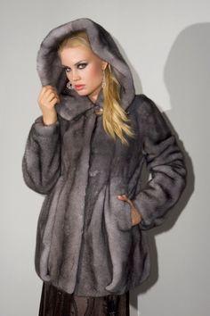 Γουνες Otcelot Χειροποιητα γουναρικα κατασκευασμενα στη Καστορια.Στη πολη που αξιοποιει χωρις διακοπη μεχρι σημερα εμπειρια αιωνων με ριζες στο Βυζαντιο Fox Fur, Mink, Fur Coat, Jackets, Fashion, Down Jackets, Moda, Fashion Styles, Fashion Illustrations