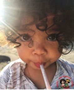 cute curly hair girl - my childhood Baby Kind, Cute Baby Girl, Baby Love, Cute Mixed Babies, Cute Babies, Beautiful Children, Beautiful Babies, Foto Baby, Baby Family