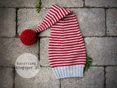 I want a stripey elf hat! Family Christmas Pajamas, Christmas Hat, Christmas Knitting, Christmas Stockings, Crochet Flower Patterns, Crochet Flowers, Knitting Charts, Knitting Patterns, Yarn Crafts