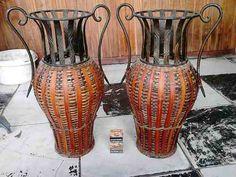 Jarrones Decorativos Hierro Y Mimbre De Elche (españa) - $ 2.500,00 en Mercado Libre