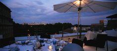 thyssen-solo en verano  mirador + terraza ver los dos!