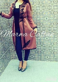 Mode Abaya, Mode Hijab, Morrocan Kaftan, Hijab Fashion, Fashion Dresses, Hijab Dress, Traditional Fashion, Diy Dress, Vintage Cotton