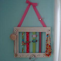 little girl hair clip/jewelry organization