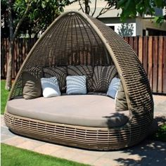 Cozy Outdoor Reading Nook Furniture Outdoor Reading