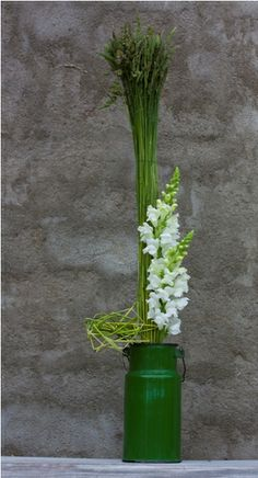 Flower design school of Rita Garaissils( Riga), student work