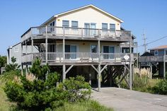 A Bright Spot: 4 Bedroom, 2 1/2 Bath - Pet Friendly - Oceanside- Avon NC