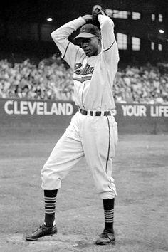 At Satchel Paige made his MLB debut with the Cleveland Indians in Baseball Fight, Fsu Baseball, Negro League Baseball, Cleveland Indians Baseball, Youth Baseball Gloves, Baseball Photos, Baseball Players, Baseball Scoreboard, Rockies Baseball