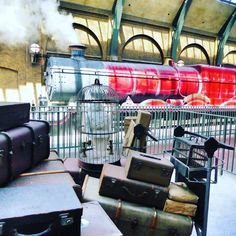 All Aboard ��. ��@uniquelyuniversal . . . . #UniversalMoments #IslandsofAdventure #Orlando #Florida #Universal #OrlandoFlorida #UniversalOrlando #UniversalOrlandoResort #UniversalStudios #uoap #theme #themepark #allaboard #suitcase #hedwig #owl #cage #train #steamtrain #hogwarts #hogwartsexpress #kingscross #station #trainstation #harrypotter #magic #witch #wizards #muggle http://butimag.com/ipost/1560727701634153175/?code=BWo0ZNXA_rX