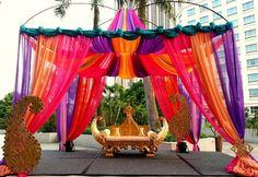 indian wedding Decor, fabric mandap, head table #wedding #shaadibazaar