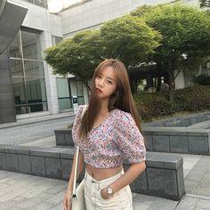 K-Pop Babe Pics – Photos of every single female singer in Korean Pop Music (K-Pop) Girl's Day Hyeri, Lee Hyeri, Korean Actresses, Korean Actors, Korean Idols, Korean Bands, Korean Fashion Trends, Girl Day, Female Singers