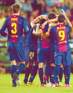 FC Barcelona. Real Madrid Players, I Go Crazy, Best Club, World Football, The A Team, Lionel Messi, Fc Barcelona, My Passion, Athlete