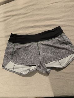 5eaee34f9 Extra Off Coupon So Cheap Lululemon Speed Shorts Size 6 White And Black  Speckled Print