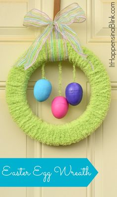 Yarn Wrapped Easter Egg Wreath with Foam Easter Eggs. Easter Wreaths, Holiday Wreaths, Holiday Crafts, Diy Christmas, Holiday Ideas, Holiday Decor, Hoppy Easter, Easter Eggs, Diy Easter Decorations