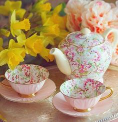 Two pink tea cups and tea pots with floral design. Get your lovely teaware. Two pink tea cups and tea pots with floral design. Get your lovely teaware. Pink Tea Cups, Tea Cup Set, My Cup Of Tea, Tea Cup Saucer, Vintage Tee, Cuppa Tea, Best Tea, Tea Service, Coffee Set