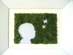 The plant Picture(Board) with childs Silhouette Moss Wall Art, Moss Art, Graffiti En Mousse, Moss Terrarium, Terrariums, Moss Graffiti, Moss Decor, Plant Pictures, Plant Wall