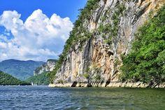 El Cañón del Sumidero en Chiapas. México. Viaja y descubre en #MexicoHoteles http://ift.tt/1SuS1aO