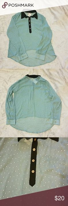 Hi-low Top Gorgeous sheer chiffon hi-low blouse, light teal color with shimmery silver diamond print and black chiffon collar, silver metal buttons at collar and cuff of sleeves, as well as mid-sleeve. Can be worn as a casual top or dressed up! NEVER WORN, with tags Eyeshadow Tops Blouses