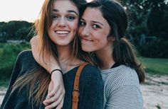 Sadie and Bella Bff Pictures, Best Friend Pictures, Friend Photos, Bff Pics, Bella Robertson, Robertson Family, Everything And Nothing, Gal Pal, Tumblr